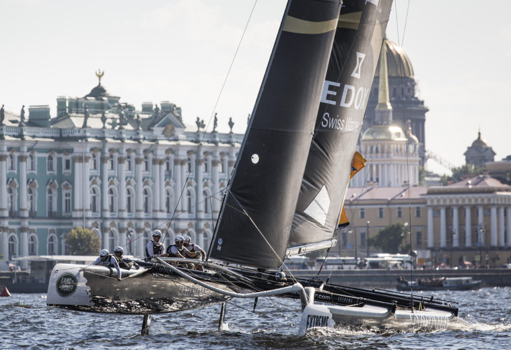Фото: Lloyd Images The Extreme Sailing Series 2015 Act 6. St Petersburg