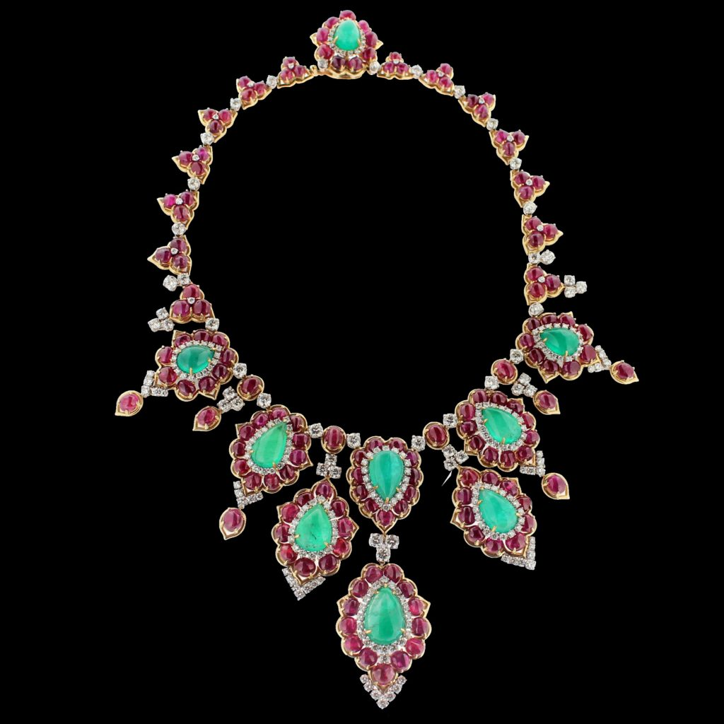 Bulgari-masterpiece-ruby-emerald-diamond