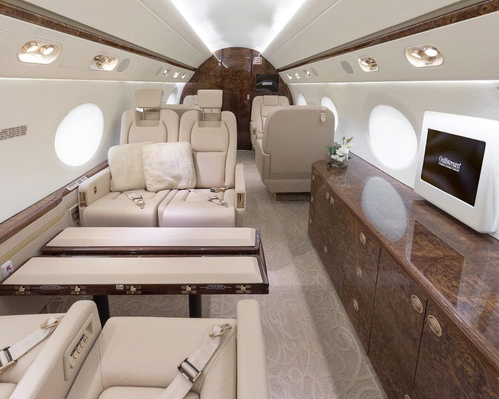 Интерьер Gulfstream G450. ФОТО: EMPEROR AVIATION LTD