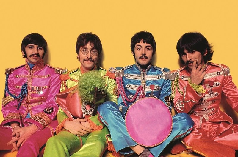 Из фотосессии The Beatles для обложки альбома Sgt. Pepper's Lonely Hearts Club Band. 1967 г. ФОТО: THESUN.CO.UK